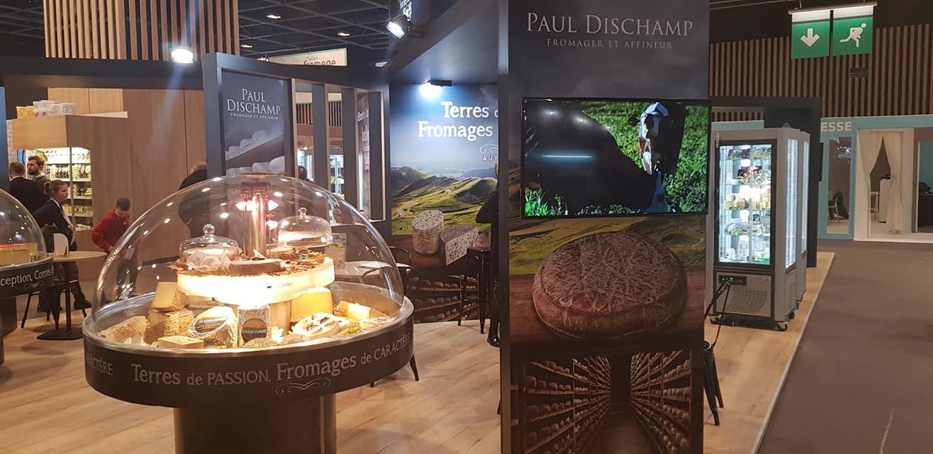 Stand des Fromageries Dischamp au Salon du Fromage 2020